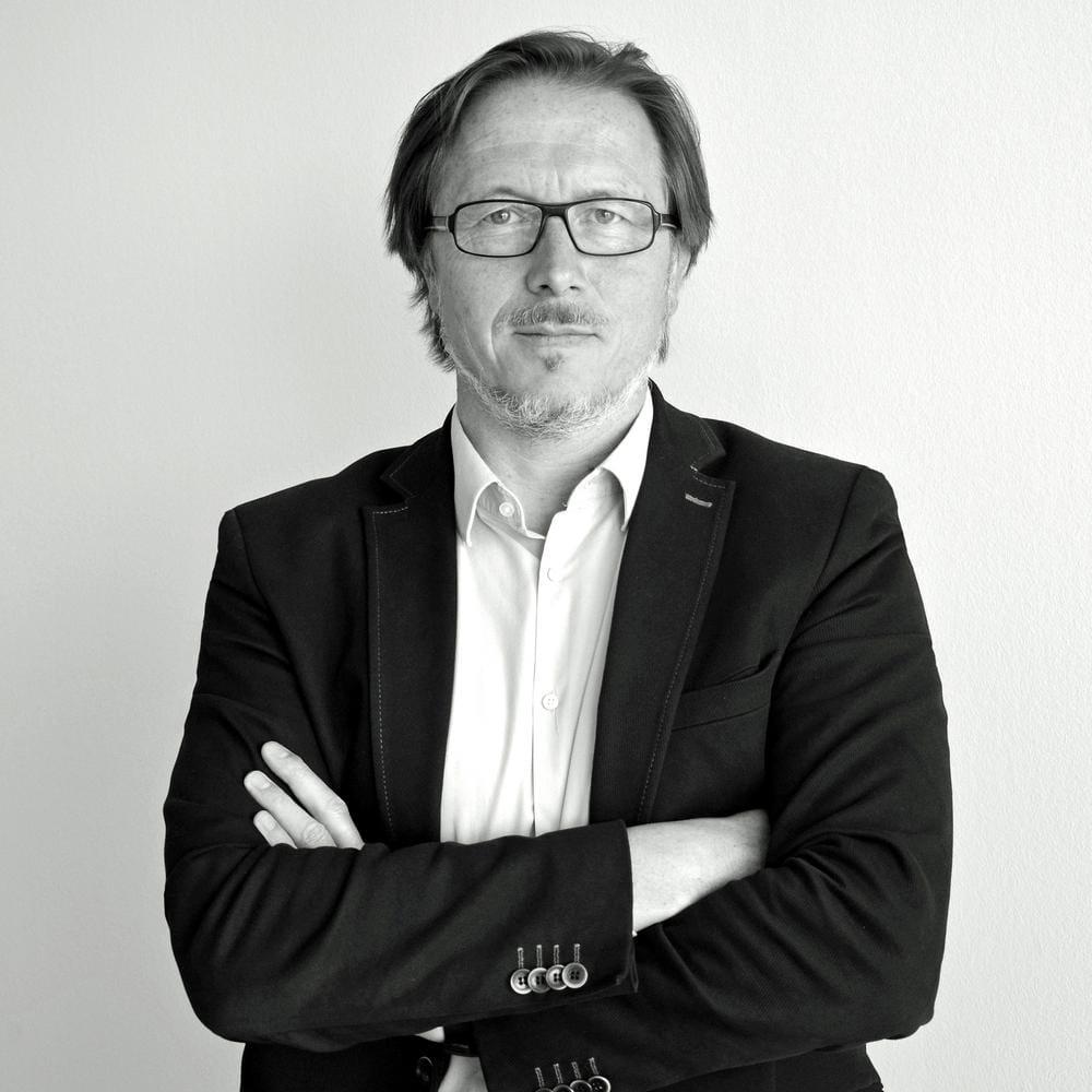 Stefan Buschmann